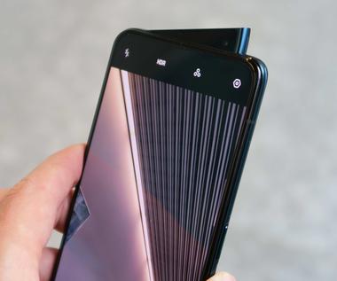 Oppo zapowiada smartfona z kamerką w wyświetlaczu