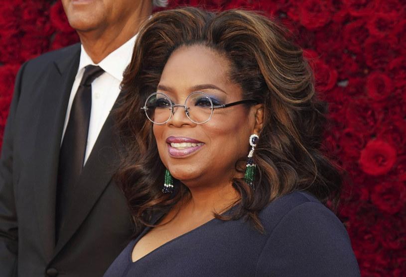 Oprah Winfrey zasłużyła sobie w pełni na miano ulubienicy Amerykanów /Elijah Nouvelage /East News