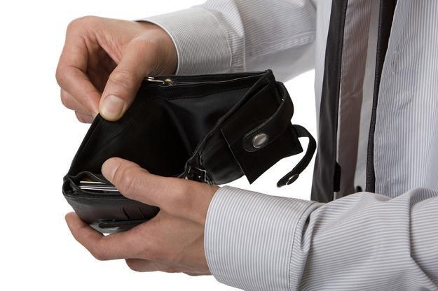 Oprócz seniorek najbardziej zadłużeni są mężczyźni /© Panthermedia