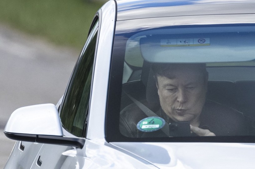 Oprogramowanie Full-Self Driving zostało opóźnione /AFP