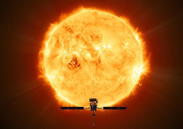 Opublikowana przez ESA wizualizacja sondy Solar Orbiter /ESA/ATG MediaLab HANDOUT /PAP/EPA