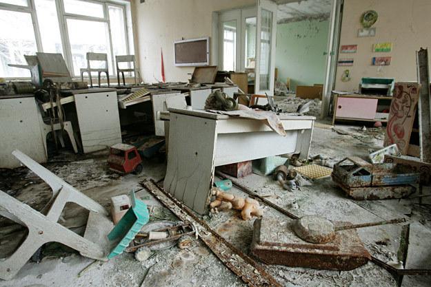 Opuszczony budynek w Prypeci /AFP