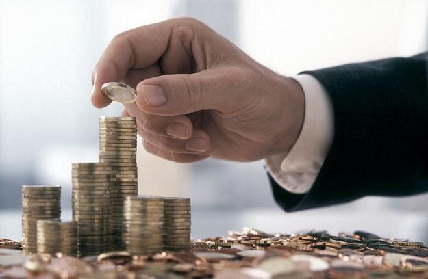 OPZZ apeluje, by uzależnić składki ZUS płacone przez przedsiębiorców od ich dochodów, fot. V Kilian /Agencja SE/East News