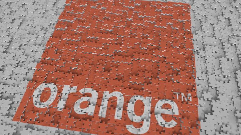 Orange Polska odczuwa wpływ epidemii COVID19 na dostawy telefonów /123RF/PICSEL