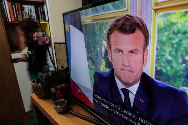 Orędzie francuskiego prezydenta Emmanuela Macrona /CHRISTOPHE PETIT TESSON /PAP