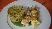 Orientalny obiad - szaszlyki z kurczaka z cytrynami confit, kuskus z przyprawami