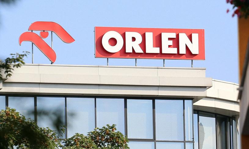 Orlen prześwietla chętnych na część majątku Lotosu /Mariusz Grzelak /Reporter