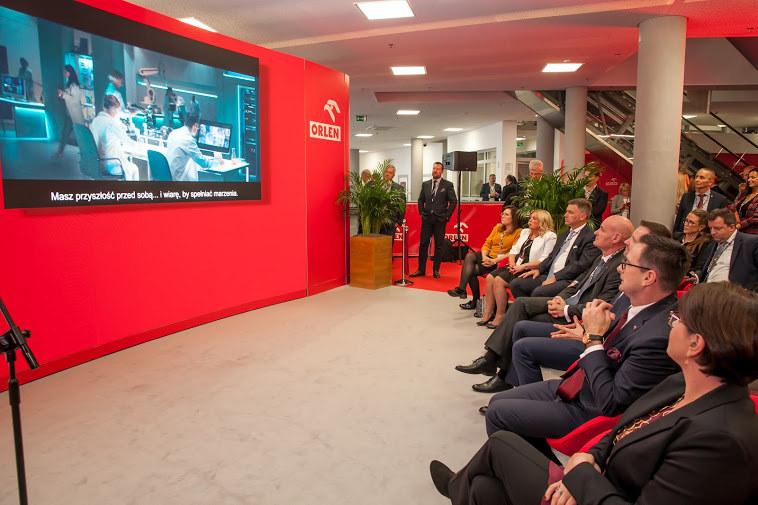 Orlen zapowiedział co-branding na wszystkich stacjach poza granicami kraju /INTERIA.PL