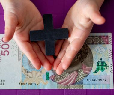 Orłowski o 500 plus: Program, który nie pomógł demografii, ale zmniejszył ubóstwo
