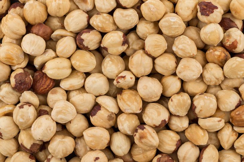 Orzechy laskowe są idealnym wyborem dla sercowców. Jeszcze lepsze będą orzechy włoskie /123RF/PICSEL