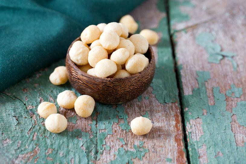 Orzechy macadamia są zdrowe, ale należy je jeść z umiarem! /123RF/PICSEL