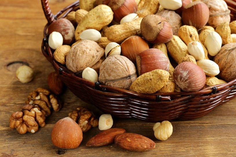 Orzechy, zwłaszcza pistacje, są bogatym źródłem cysteiny /123RF/PICSEL
