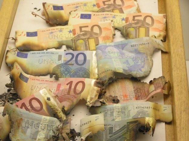 Oś Warszawa-Londyn-Sztokholm ratuje euro /AFP