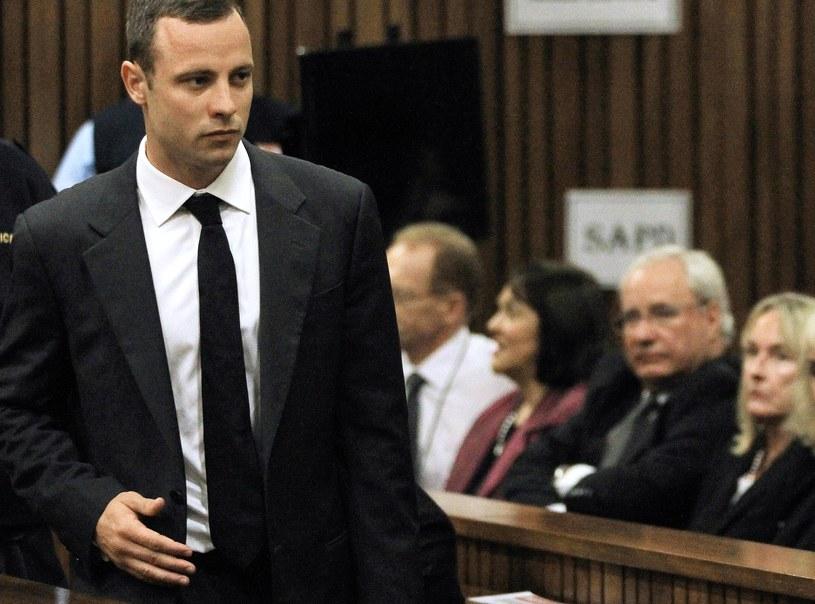 Oscar Pistorius jest oskarżony o zabójstwo z premedytacją /AFP