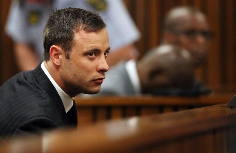 Oscar Pistorius na sali sądowej /AFP