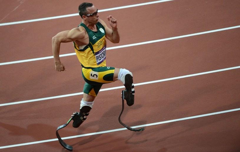 Oscar Pistorius podczas igrzysk olimpijskich w Londynie w 2012 roku /AFP
