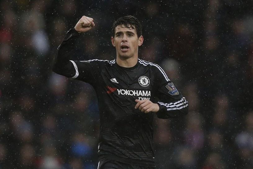 Oscar przechodzi z Chelsea do Szanghaj SIPG /AFP