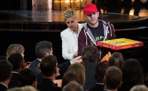 """Oscarowa """"słitfocia"""", pizza na ceremonii i... upadek  Jennifer Lawrence. Tak zapamiętamy tę noc"""