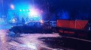 Osiem osób w BMW.  18-latek jechał w bagażniku. Spłonął. Kierowcy grozi 8 lat więzienia