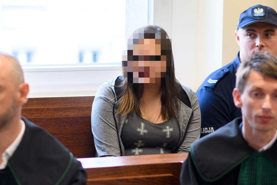 Oskarżona Angelika B. na sali rozpraw Sądu Okręgowego w Poznaniu. /Jakub Kaczmarczyk /PAP
