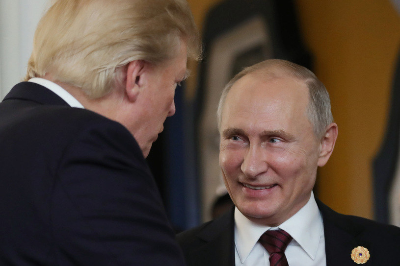 Oskarżona starała się doprowadzić do spotkania pomiędzy prezydentem Rosji Władimirem Putinem a kandydatem do otrzymania nominacji GOP Donaldem Trumpem /AFP