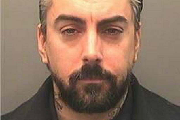 Oskarżony o pedofilię Ian Watkins w przyszłym miesiącu usłyszy wyrok /