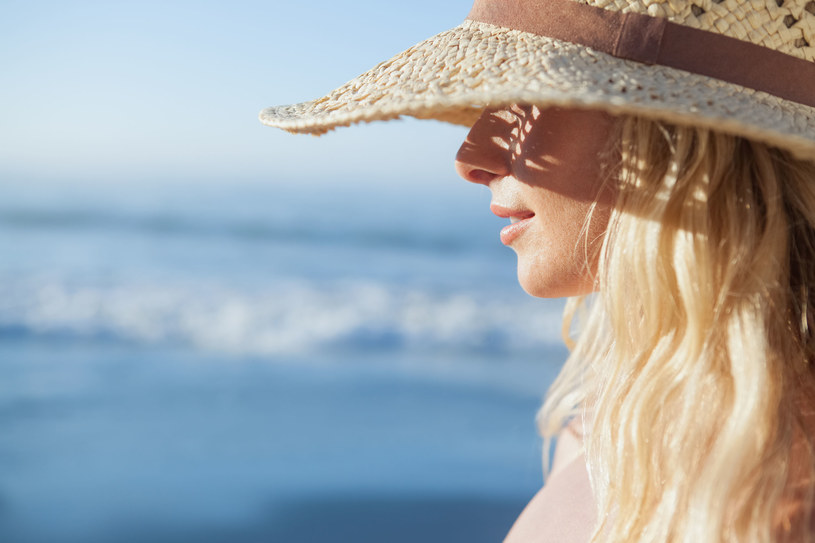 Osłaniaj pasma, aby nie zaszkodziło im słońce /123RF/PICSEL