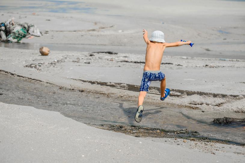 Ośmioletni Ignacy zainspirował rodziców do działania /123RF/PICSEL