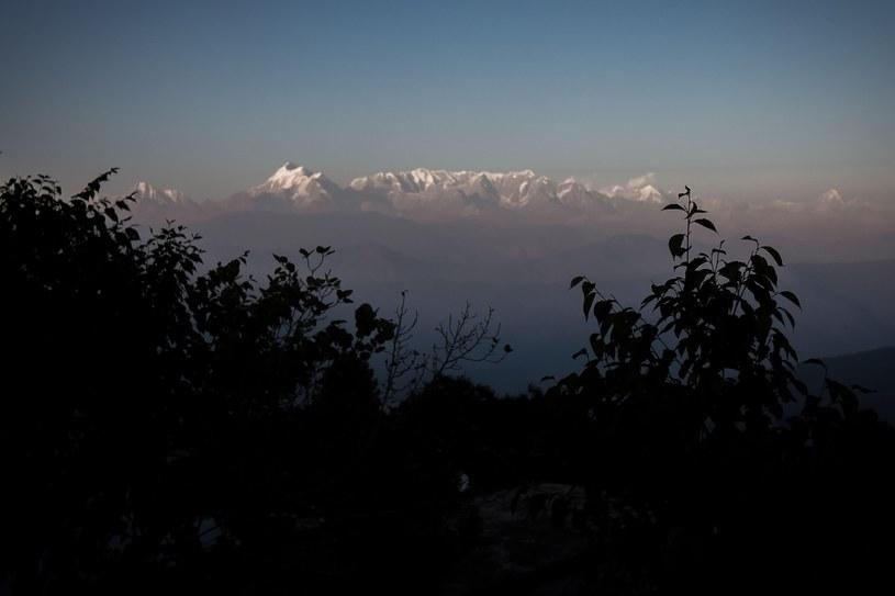 Ośmiu zaginionych, czterech uratowanych w rejonie Nanda Devi East /AGNES BUN / AFP /East News