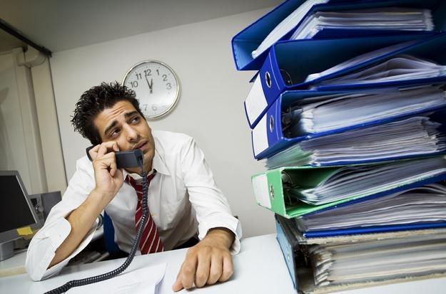 Osoby pracujące w nocy z 27 na 28 października będą pracować godzinę dłużej /© Panthermedia
