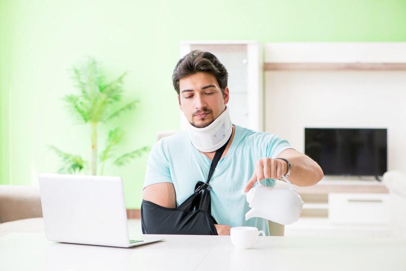 Osoby ubezpieczone mogą ubiegać się o odszkodowanie za poniesiony uszczerbek na zdrowiu /123RF/PICSEL