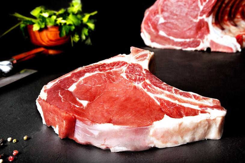 Osoby z grupą krwi 0 mogą sobie pozwolić na mięso /123RF/PICSEL