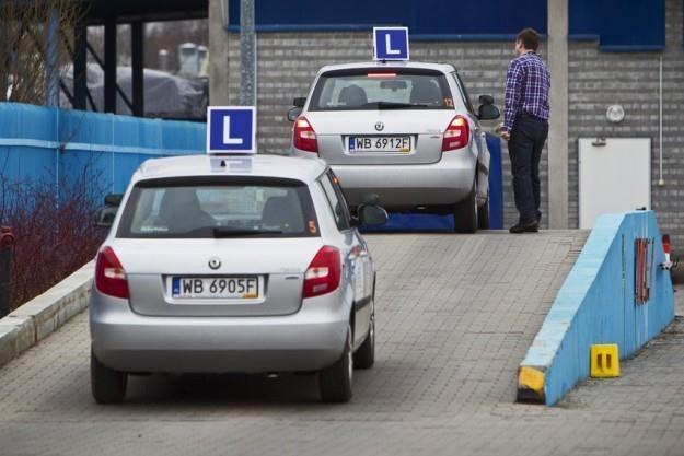 Ośrodki szkolenia i egzaminacyjne przeżywają oblężenie / Fot: Andrzej Stawiński /Reporter