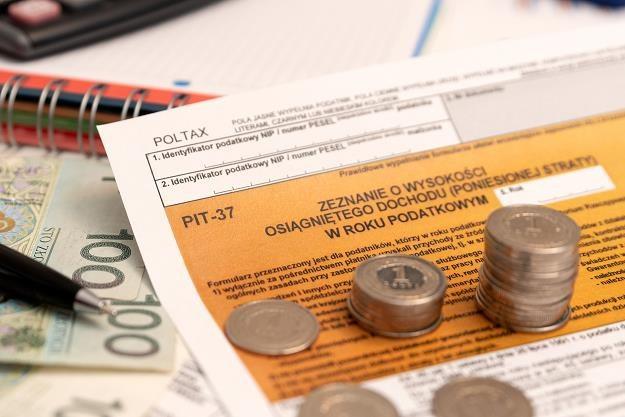 Ostatni dzień rozliczenia podatku PIT /©123RF/PICSEL