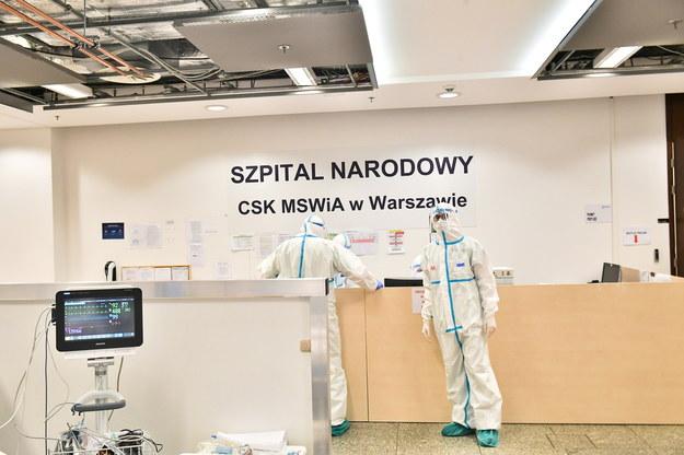Ostatni pacjent zostanie wypisany ze szpitala na Stadionie Narodowym w niedzielę /Andrzej Lange /PAP