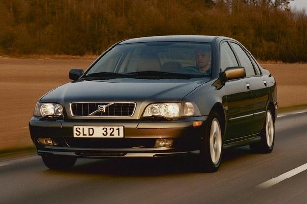 Ostatnie egzemplarze pierwszej serii S40 zjechały z taśmy w 9 lat od debiutu auta, w 2004 roku. /