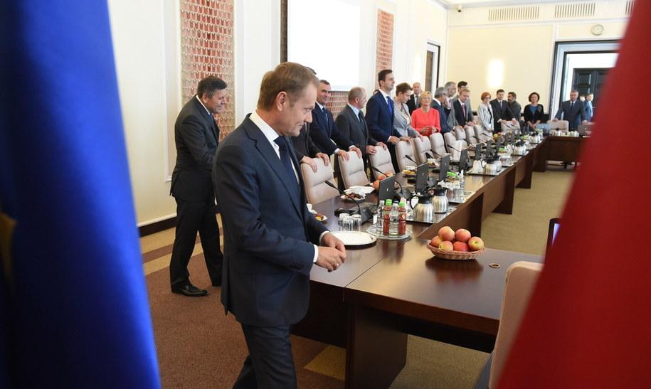 Ostatnie posiedzenie rządu w takim składzie /Radek Pietruszka /PAP