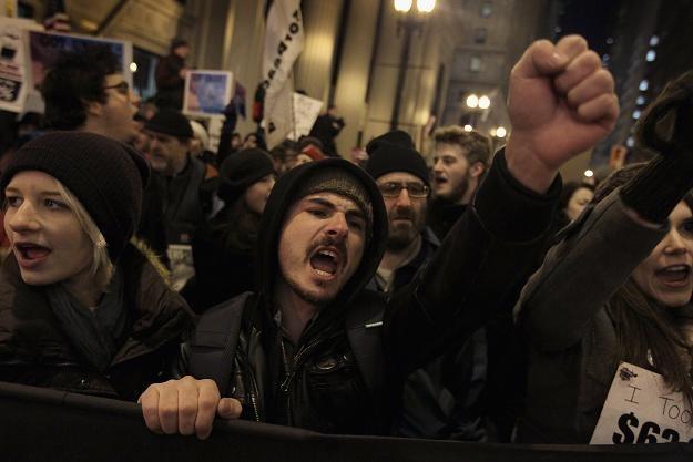 Ostatniej nocy protesty odbywały się także w Chicago /AFP