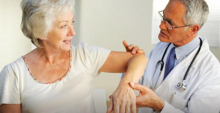 Osteoporoza profilaktyka /© Photogenica