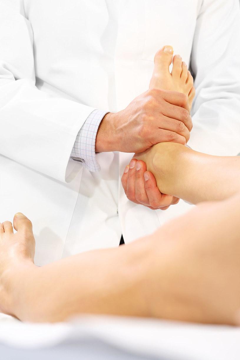 Osteoporoza to choroba osób nie tylko w podeszłym wieku /123RF/PICSEL