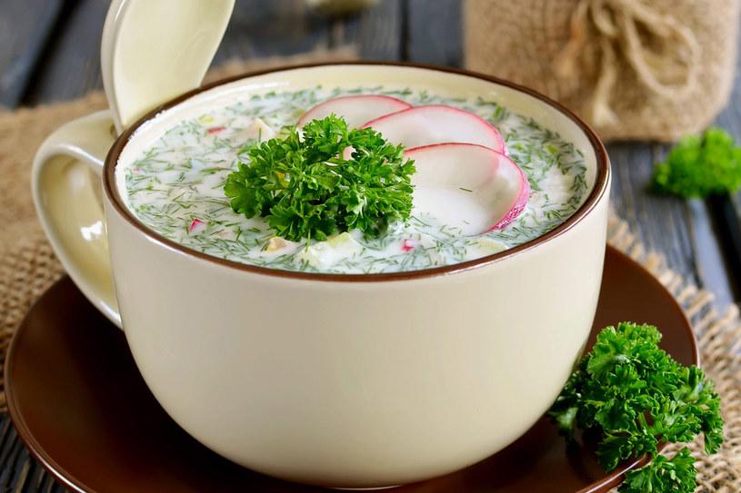 Ostrości doda zupie czosnek lub szczypta imbiru /123RF/PICSEL