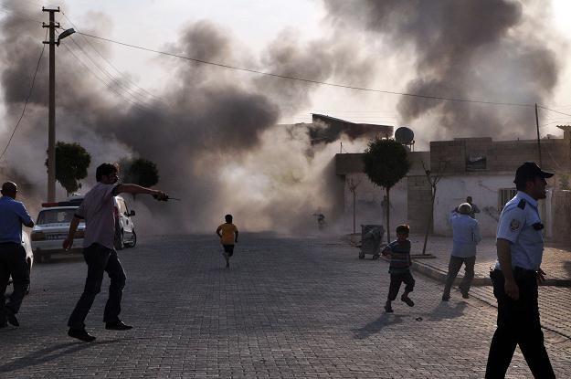 Ostrzał z moździerzy w przygranicznym mieście Akcakale /AFP