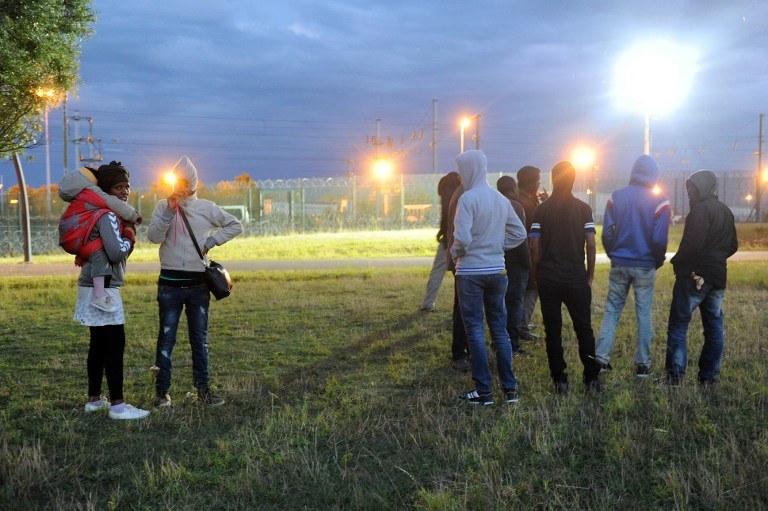 Ostrzeżenie dotyczy imigrantów koczujących w Calais /AFP