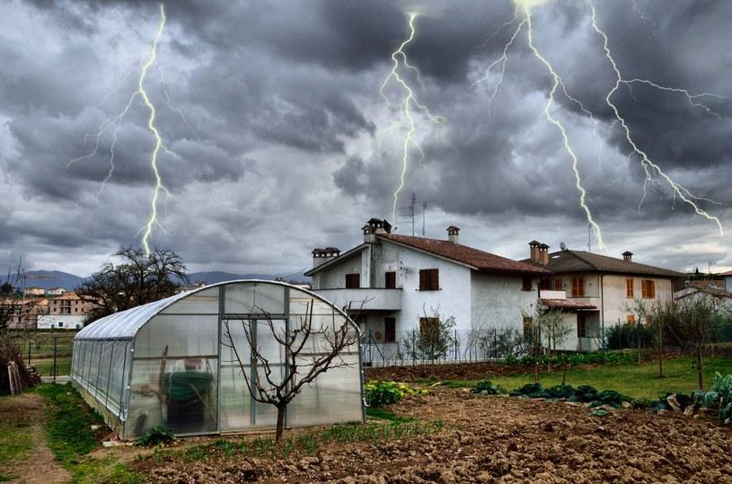 Ostrzeżenie przed burzami z gradem dla trzech województw /123RF/PICSEL