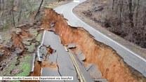 Osunięcia ziemi zdewastowały drogę i budynki