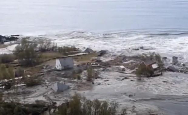 Osunięcie ziemi w Norwegii. Morze pochłonęło osiem domów