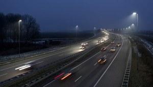 Oświetlenie LED przy polskich drogach