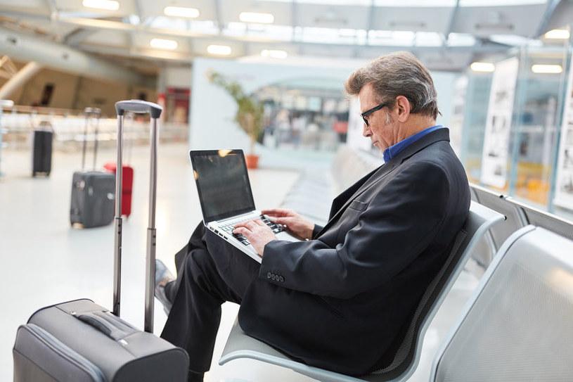 Oszczędności związane z ograniczeniem podróży służbowych mogą wynieść nawet 20 proc. /©123RF/PICSEL