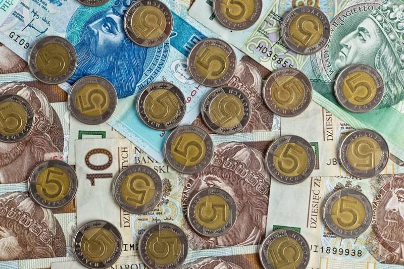 Oszuści podszywają się pod pracowników Miejskiego Zarządu Nieruchomości Komunalnych i wyłudzają pieniądze /Maciej Kulczyński /PAP