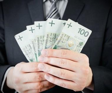 Oszust wyłudził od emerytki blisko 110 tys. zł
